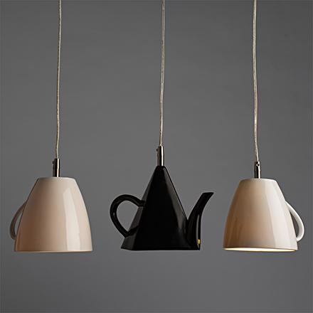 Подвесной светильник для кухни или бара в виде чашек в ряд