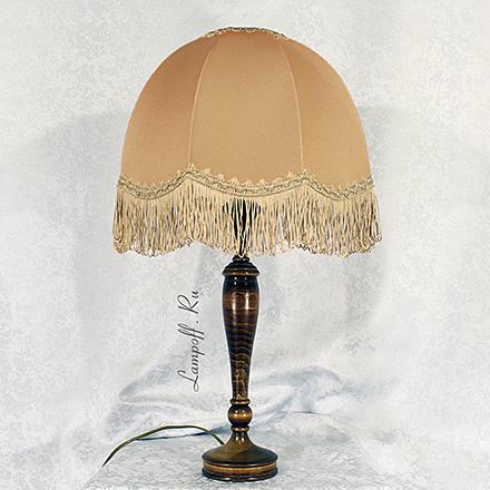 LN14-KP03-BR: Настольная лампа из дерева с абажуром под старину