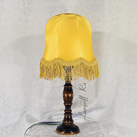 LN06-KP13-ZH: Лампа-ночник с желтым абажуром и бахромой
