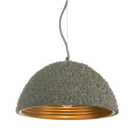 Подвесной светильник из камушков золотой внутри
